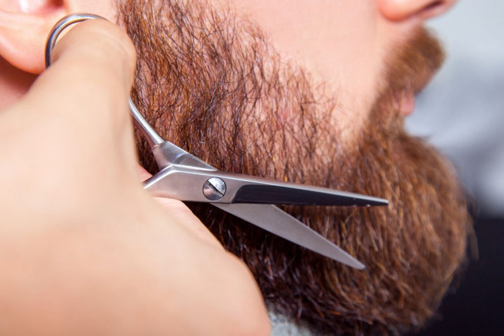 come curare la barba per farla crescere