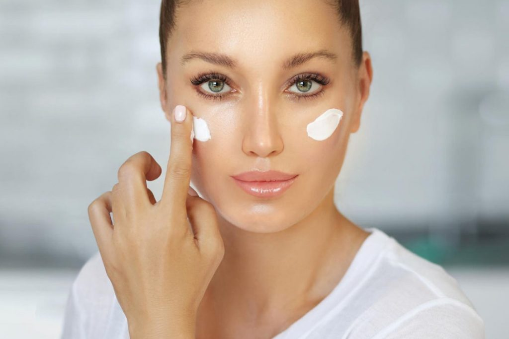 Cosmetici senza parabeni, petrolati e siliconi